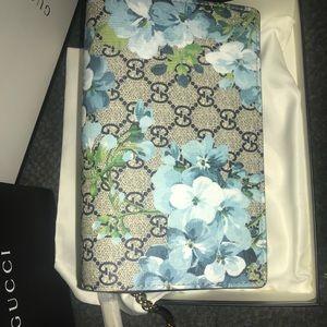 Gucci Bloom Mini Chain Bag